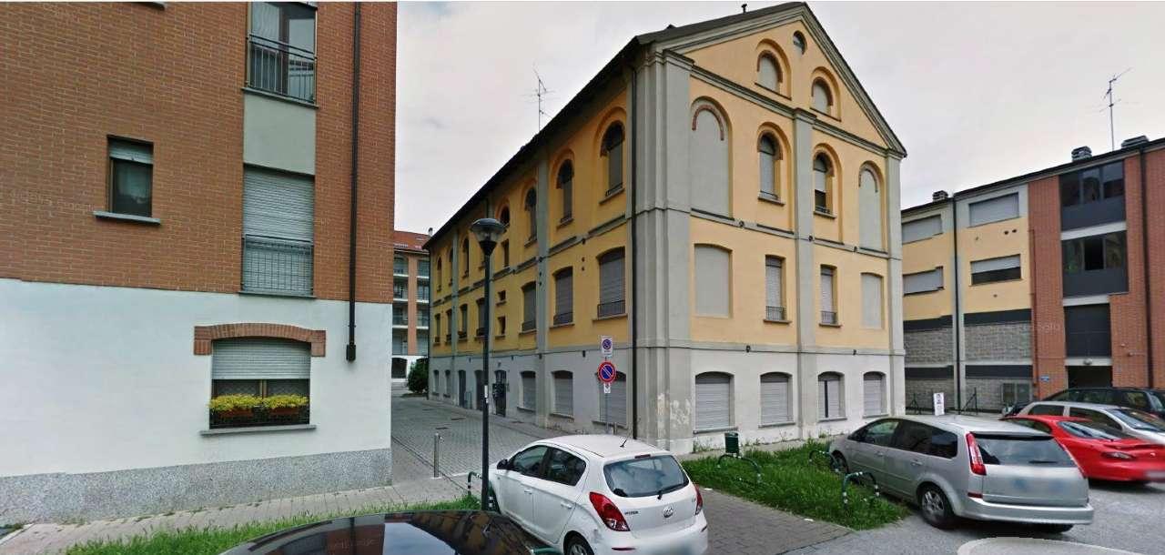 Appartamento in vendita a Melegnano, 3 locali, prezzo € 130.000 | Cambio Casa.it