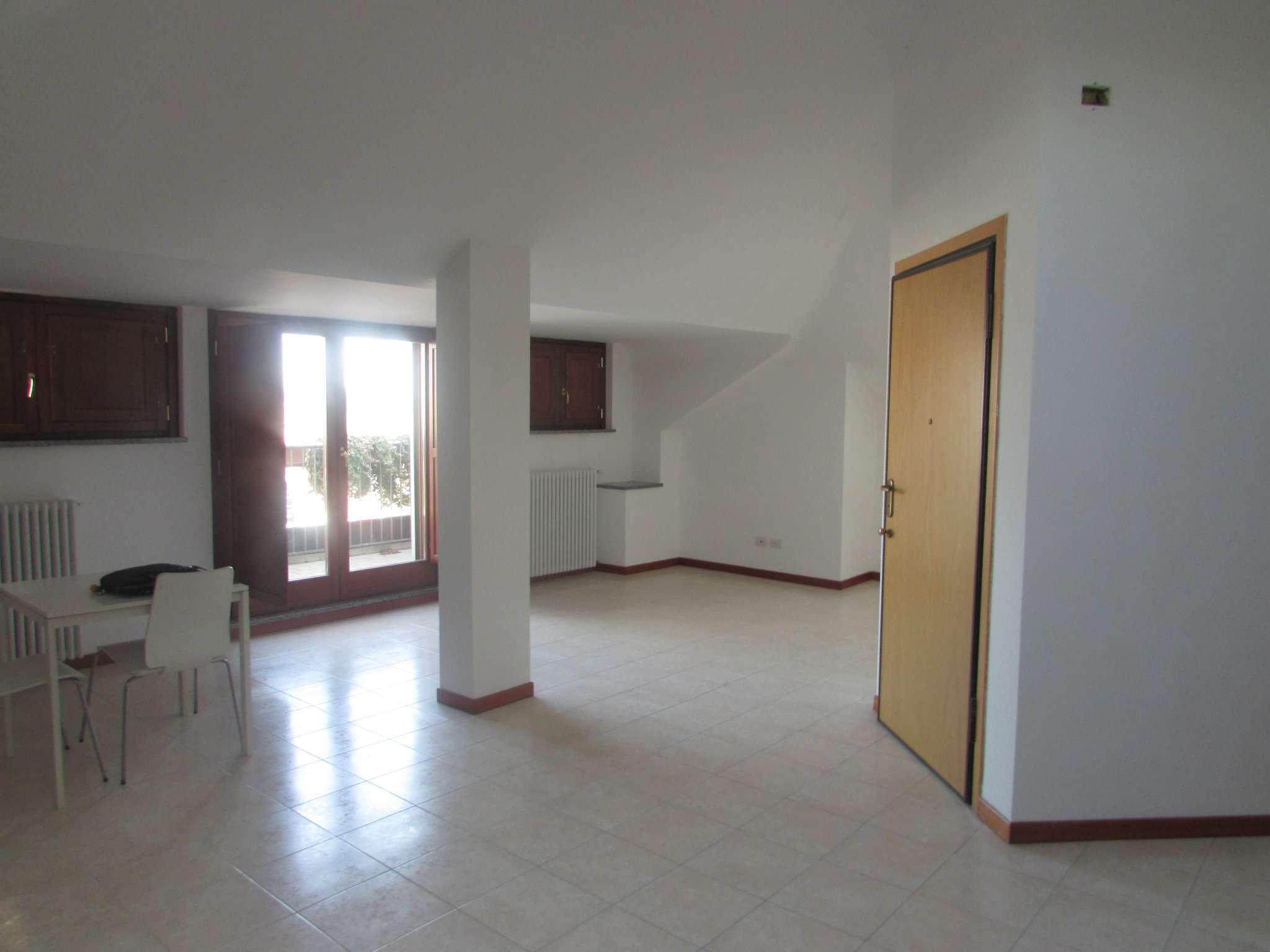 Appartamento in vendita a Melegnano, 3 locali, prezzo € 230.000 | Cambio Casa.it