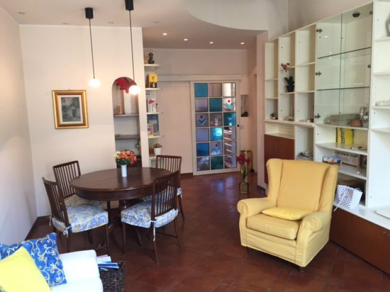 Appartamento in affitto a Milano, 3 locali, zona Zona: 10 . P.ta Genova, Romolo, Solari, Savona, Tortona, prezzo € 1.600   CambioCasa.it