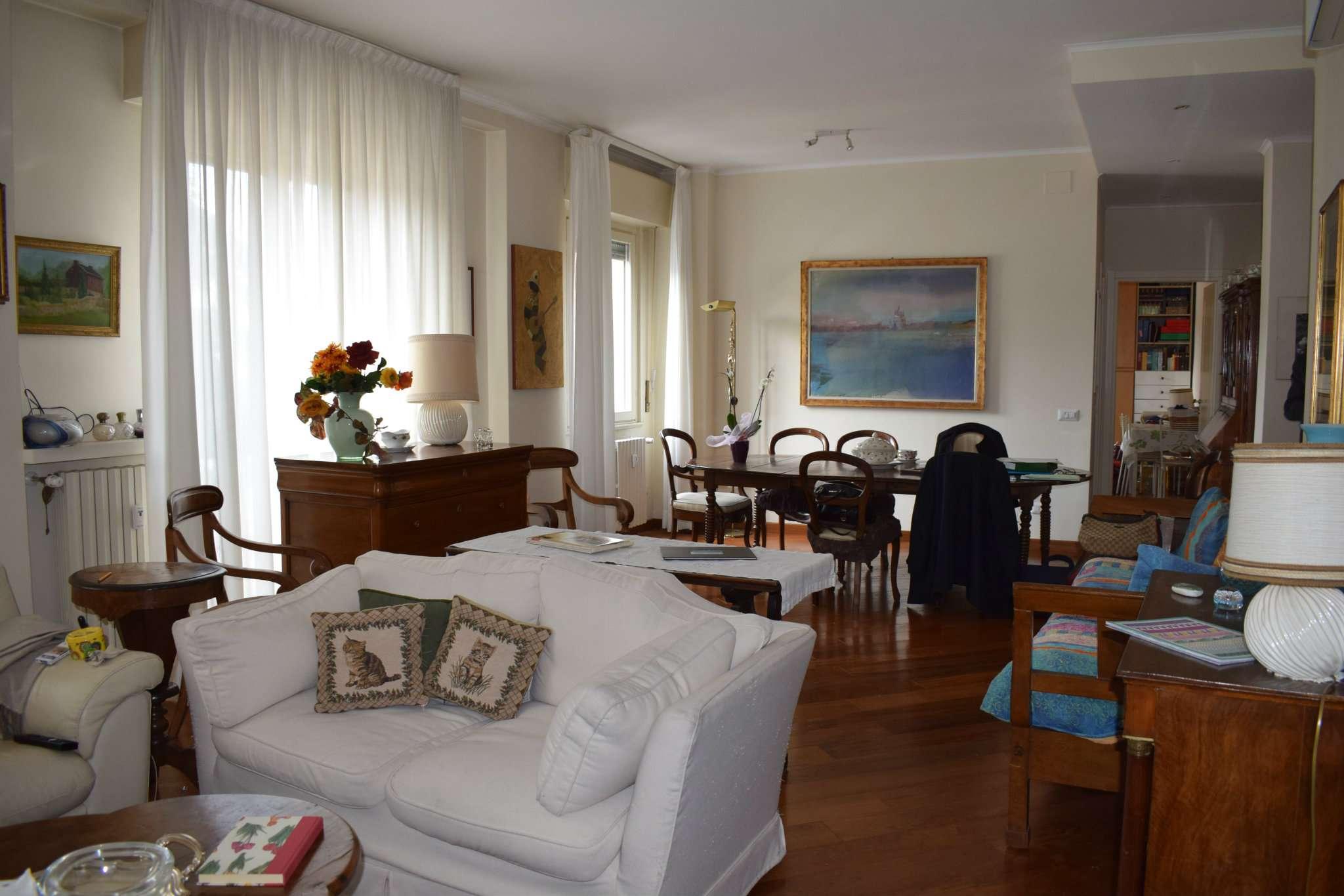 Appartamento in vendita a Milano, 4 locali, zona Zona: 11 . Barona, Giambellino, Lorenteggio, Famagosta, prezzo € 498.000   CambioCasa.it