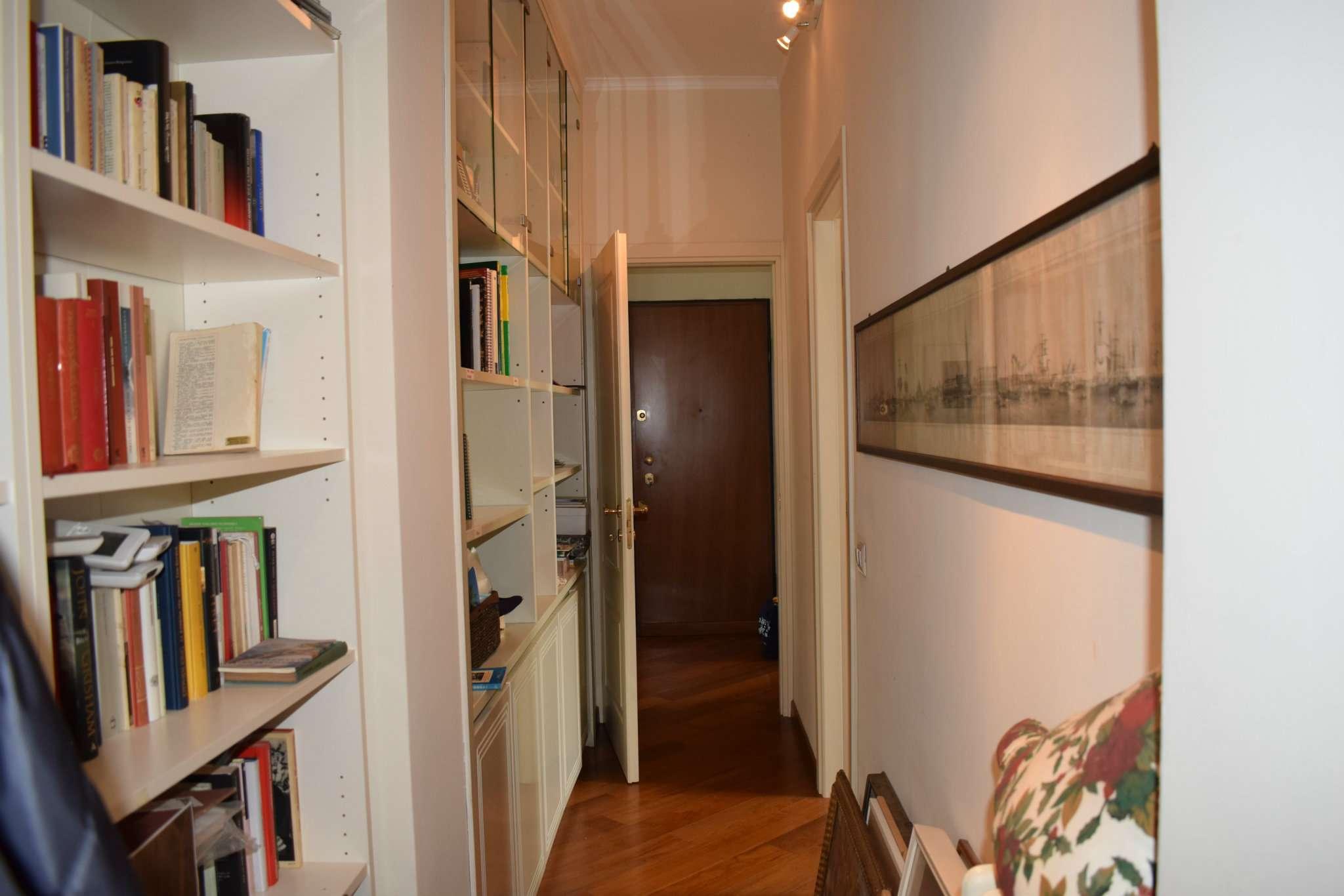 Appartamento in vendita a Milano, 3 locali, zona Zona: 11 . Barona, Giambellino, Lorenteggio, Famagosta, prezzo € 340.000 | CambioCasa.it