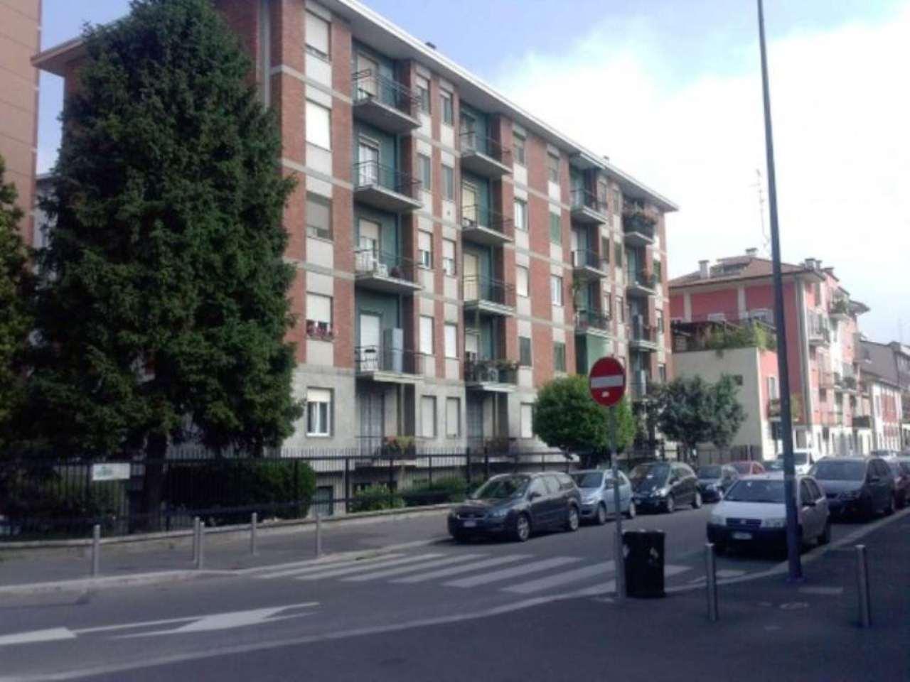 Attività / Licenza in affitto a Milano, 1 locali, zona Zona: 7 . Corvetto, Lodi, Forlanini, Umbria, Rogoredo, prezzo € 95 | Cambio Casa.it