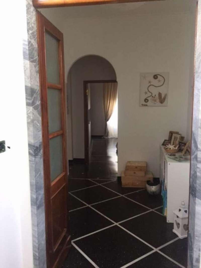 Bilocale Genova Via Capolungo 1