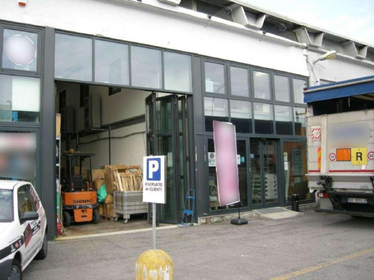 Negozio / Locale in vendita a Cernusco sul Naviglio, 9999 locali, prezzo € 360.000 | Cambio Casa.it