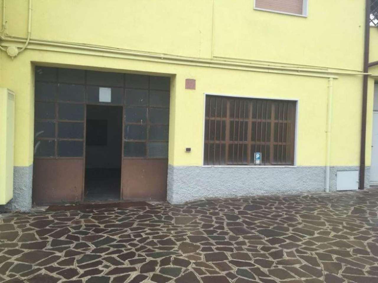 Laboratorio in affitto a Truccazzano, 9999 locali, prezzo € 600 | Cambio Casa.it