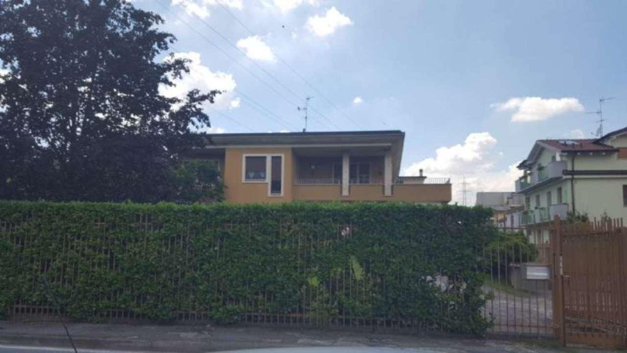 Soluzione Semindipendente in affitto a Cernusco sul Naviglio, 4 locali, prezzo € 1.500 | Cambio Casa.it