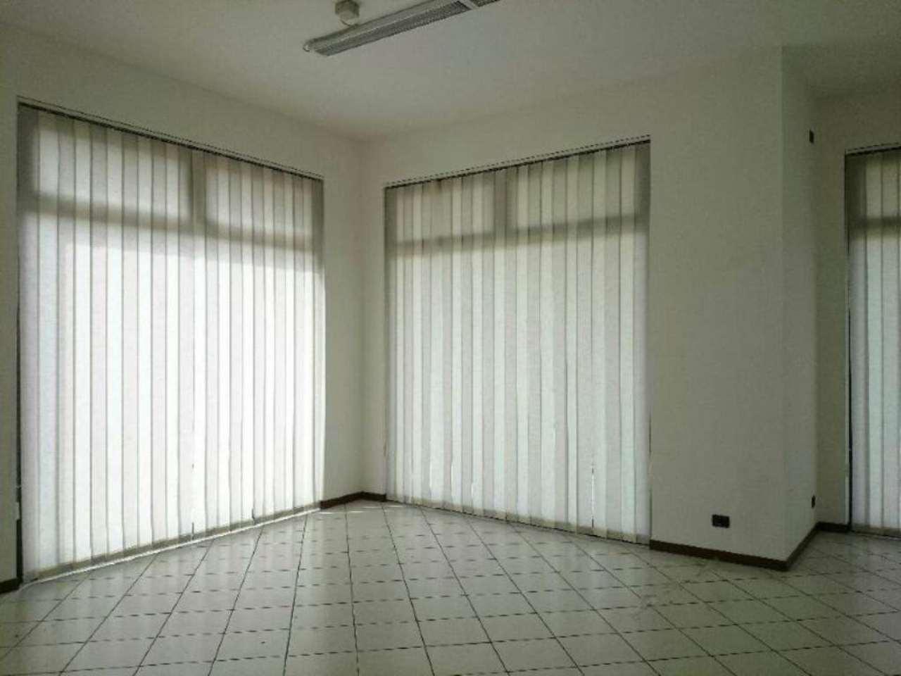 Ufficio / Studio in affitto a Bussero, 9999 locali, prezzo € 700   Cambio Casa.it