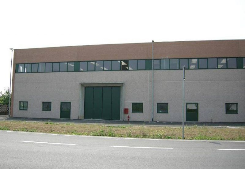 Capannone in affitto a Gessate, 9999 locali, Trattative riservate | Cambio Casa.it