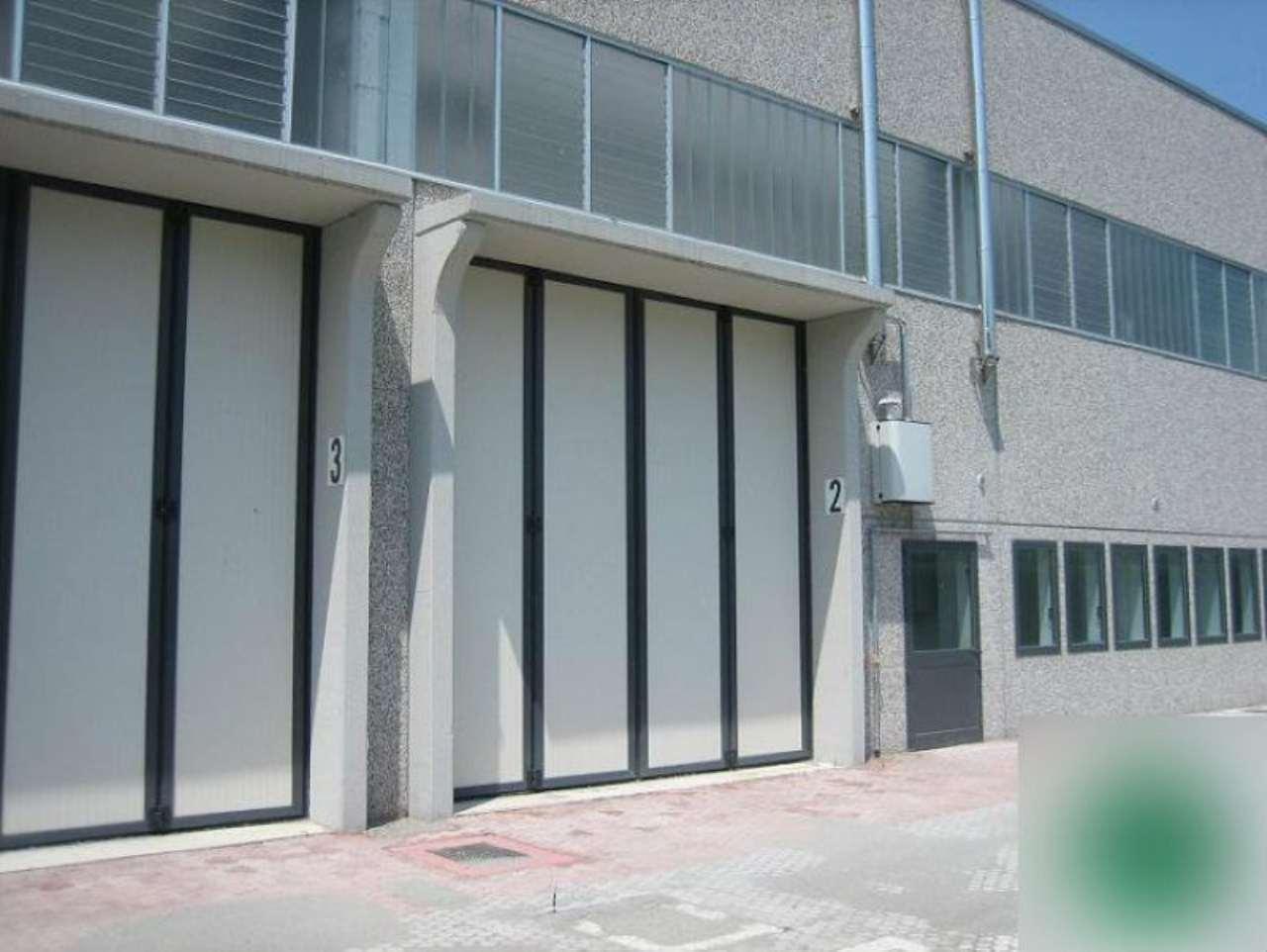 Capannone in vendita a Pozzuolo Martesana, 9999 locali, prezzo € 415.000 | Cambio Casa.it