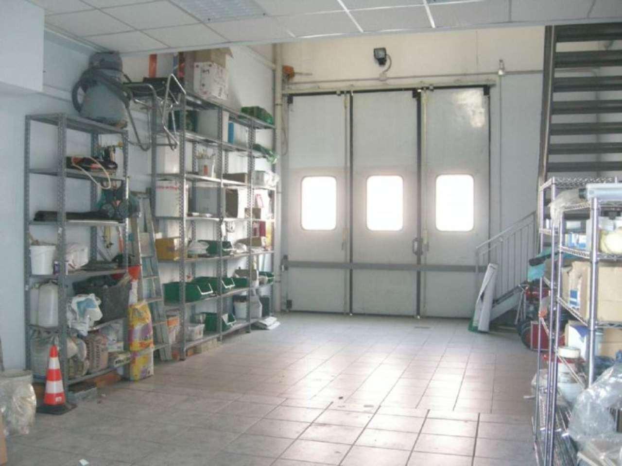 Capannone in vendita a Vignate, 9999 locali, prezzo € 99.000 | Cambio Casa.it