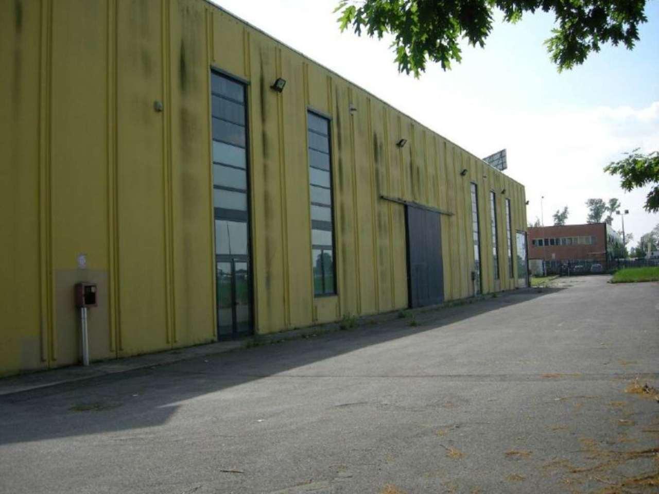 Negozio / Locale in affitto a Vignate, 9999 locali, Trattative riservate | Cambio Casa.it