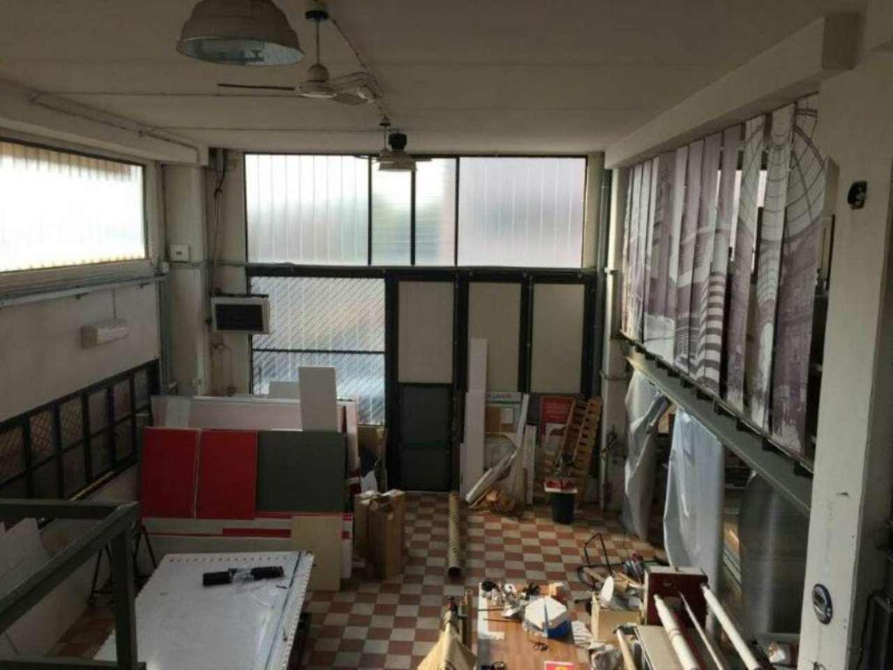 Capannone in vendita a Cassano d'Adda, 9999 locali, prezzo € 210.000 | Cambio Casa.it