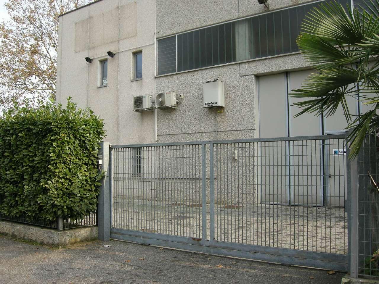 Capannone in vendita a Cassina de' Pecchi, 9999 locali, prezzo € 285.000 | Cambio Casa.it