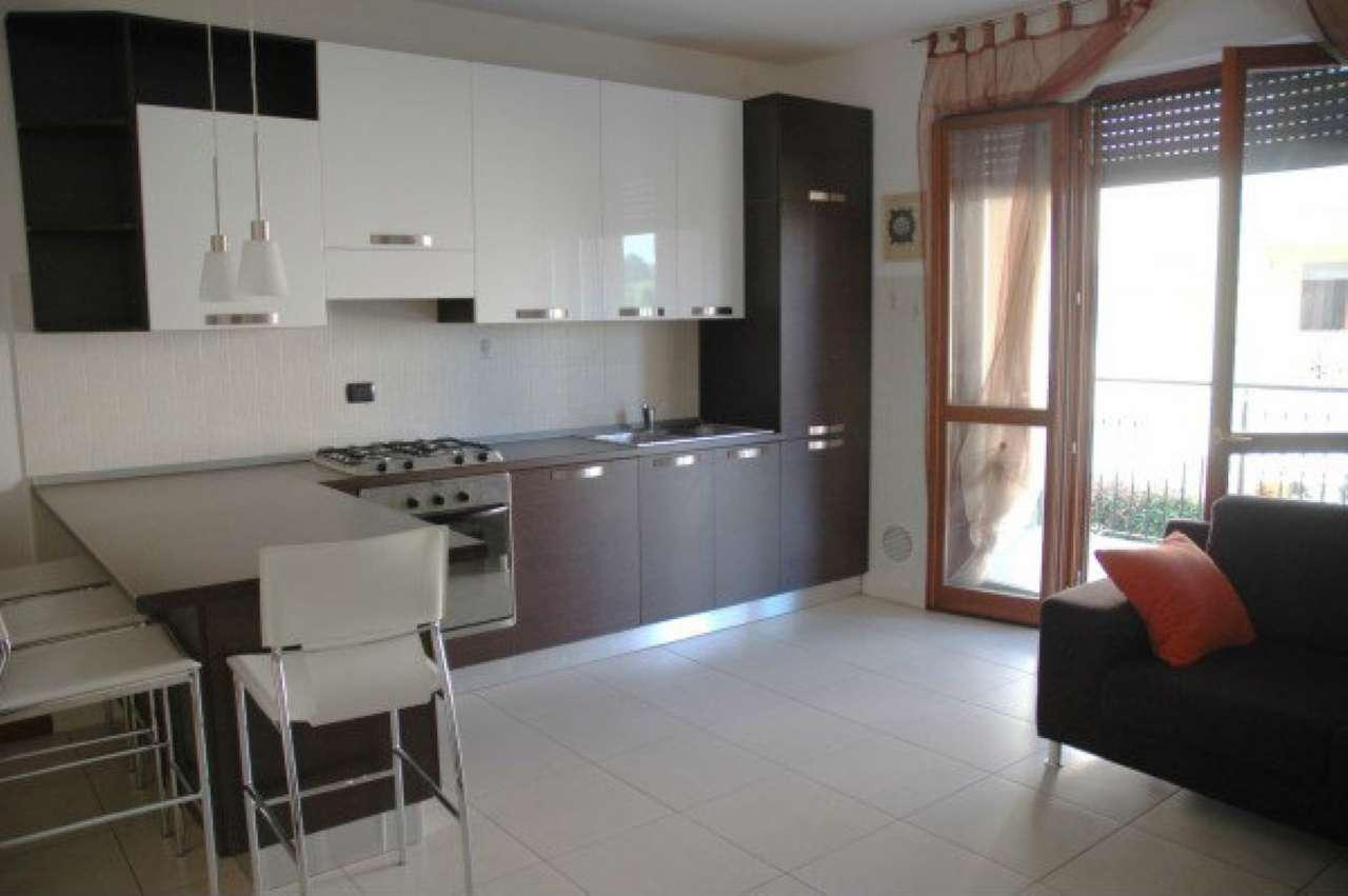 Appartamento in affitto a Cernusco sul Naviglio, 2 locali, prezzo € 750 | Cambio Casa.it
