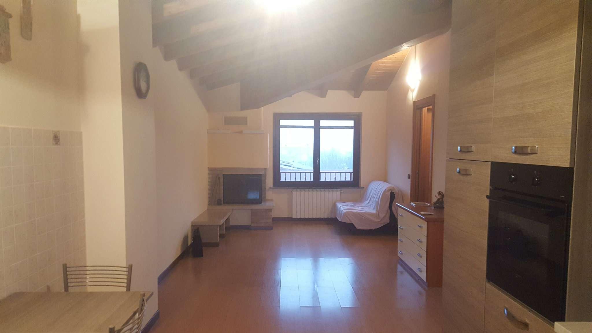 Appartamento in vendita a Busnago, 2 locali, prezzo € 94.000 | Cambio Casa.it