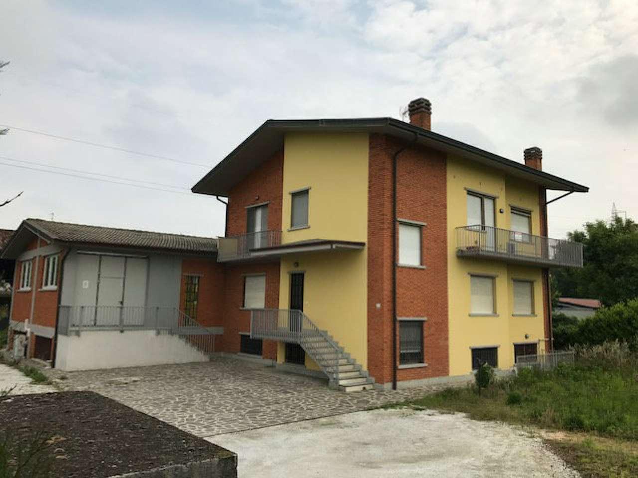 Capannone in vendita a Treviglio, 9999 locali, prezzo € 700.000 | Cambio Casa.it