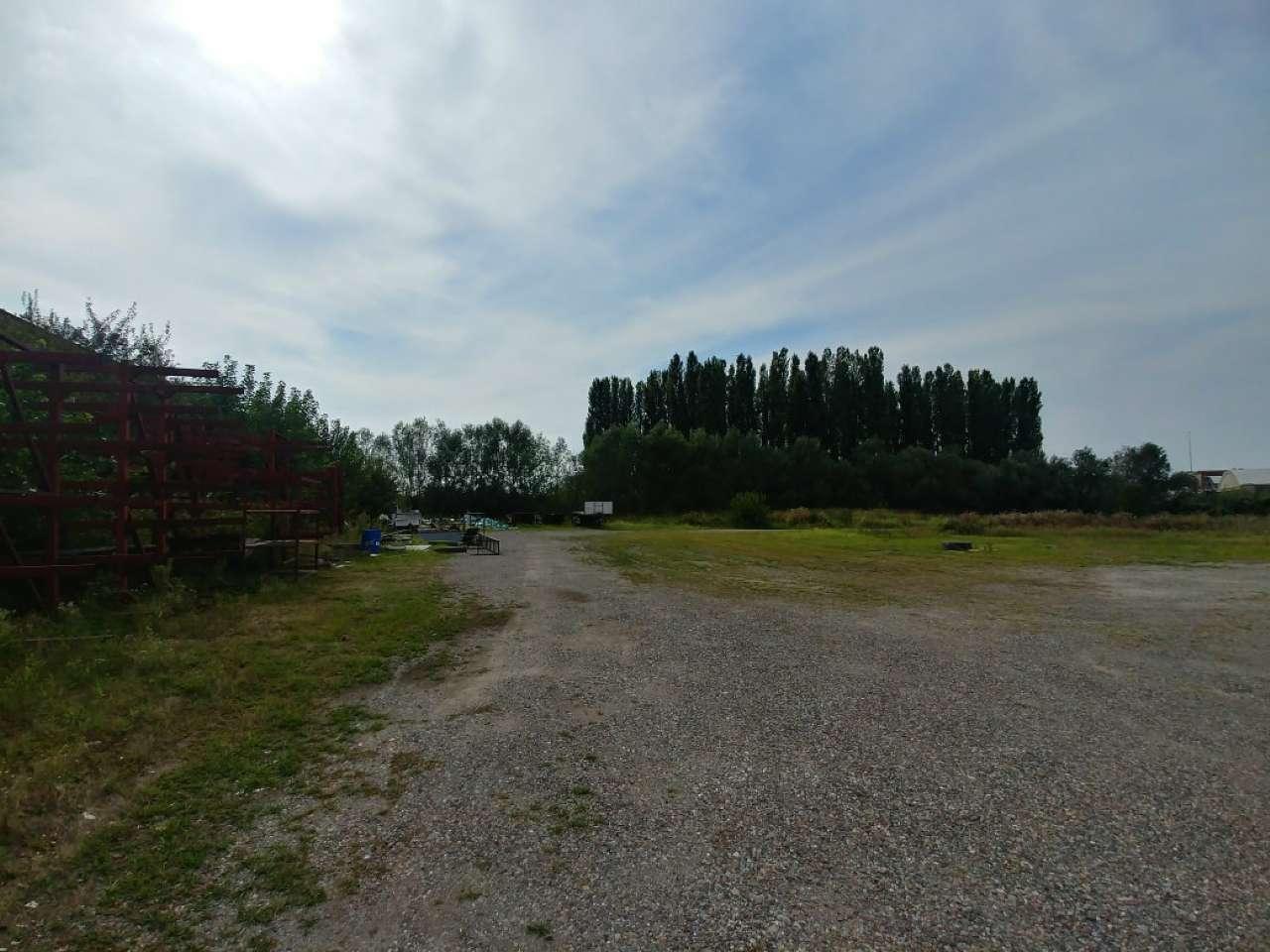 Terreno Industriale - Caleppio di Settala di 10690 mq Rif.12374551