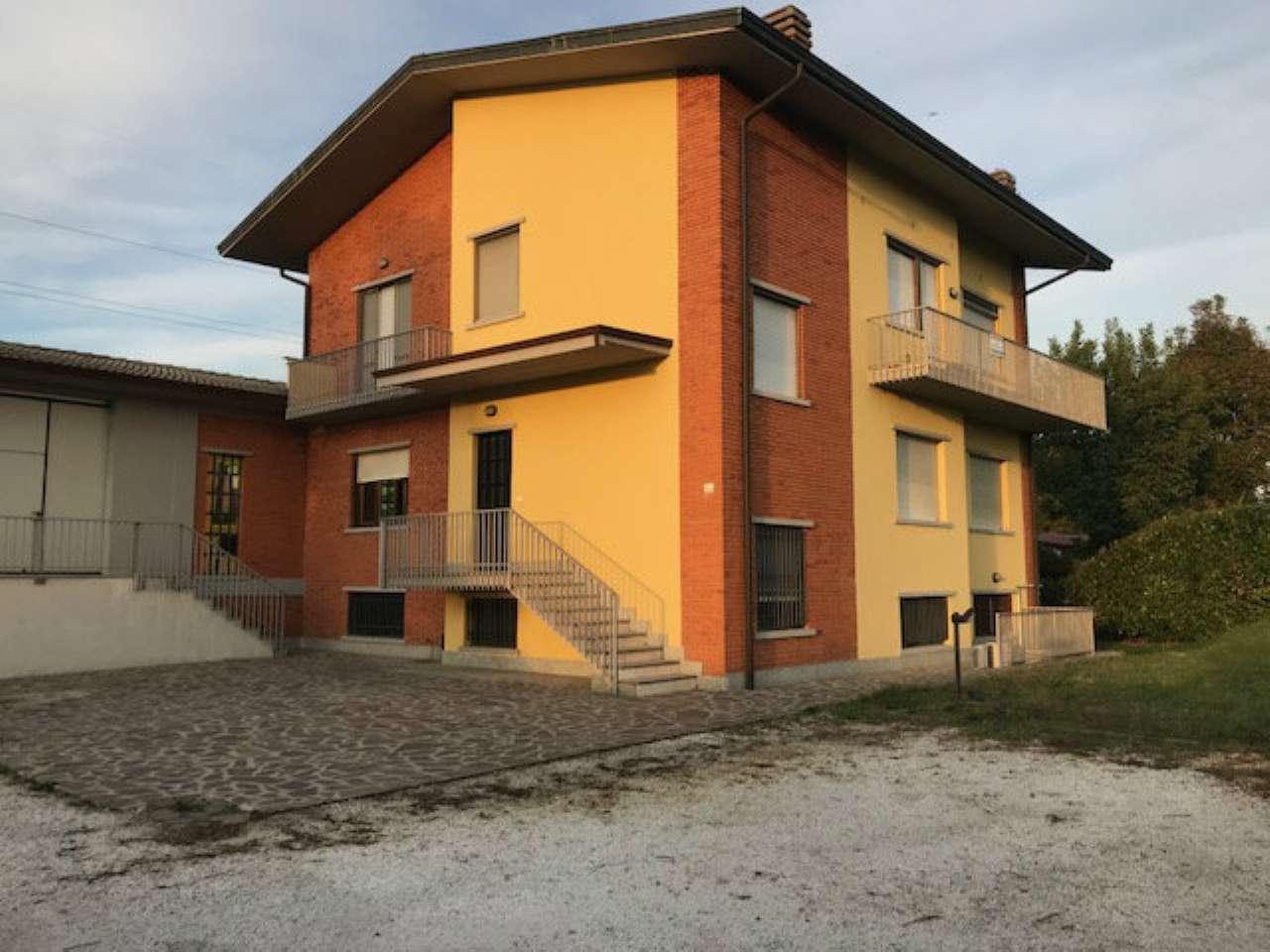 Capannone in vendita a Treviglio, 1 locali, prezzo € 640.000   CambioCasa.it