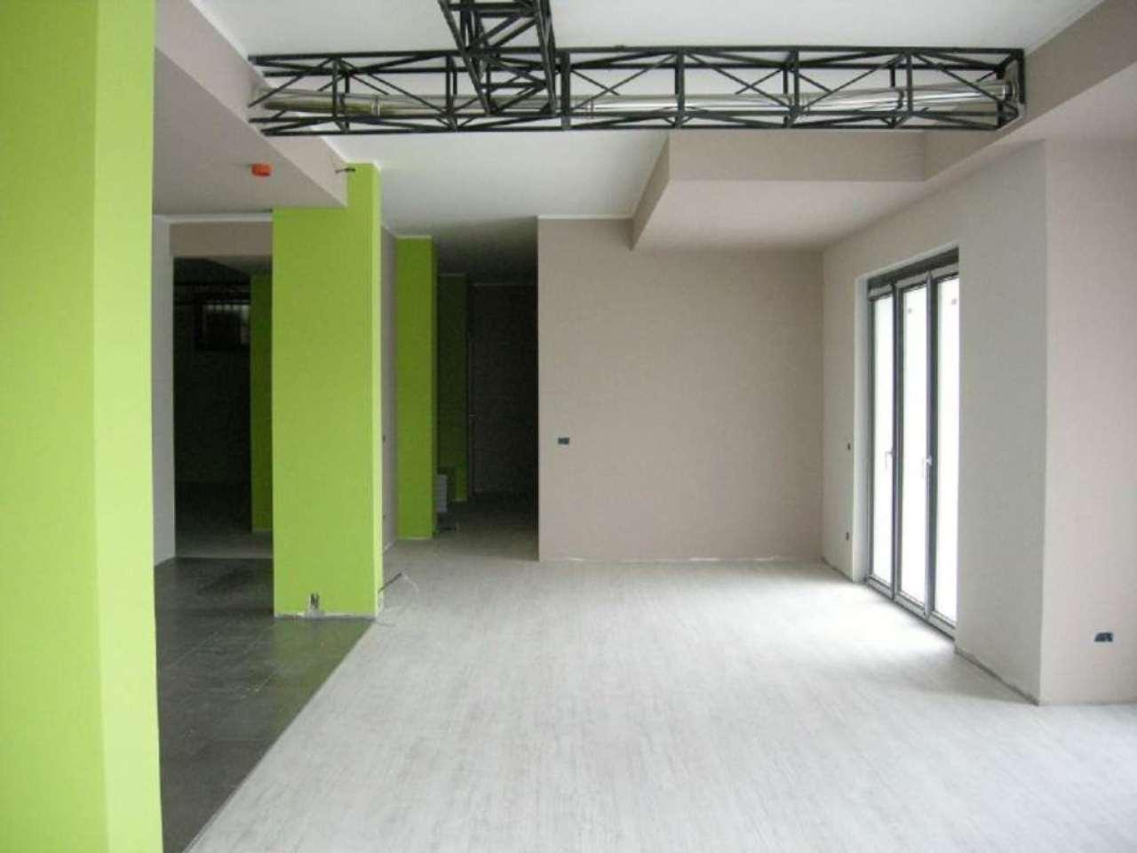 Laboratorio in affitto a Bussero, 9999 locali, prezzo € 1.500 | Cambio Casa.it
