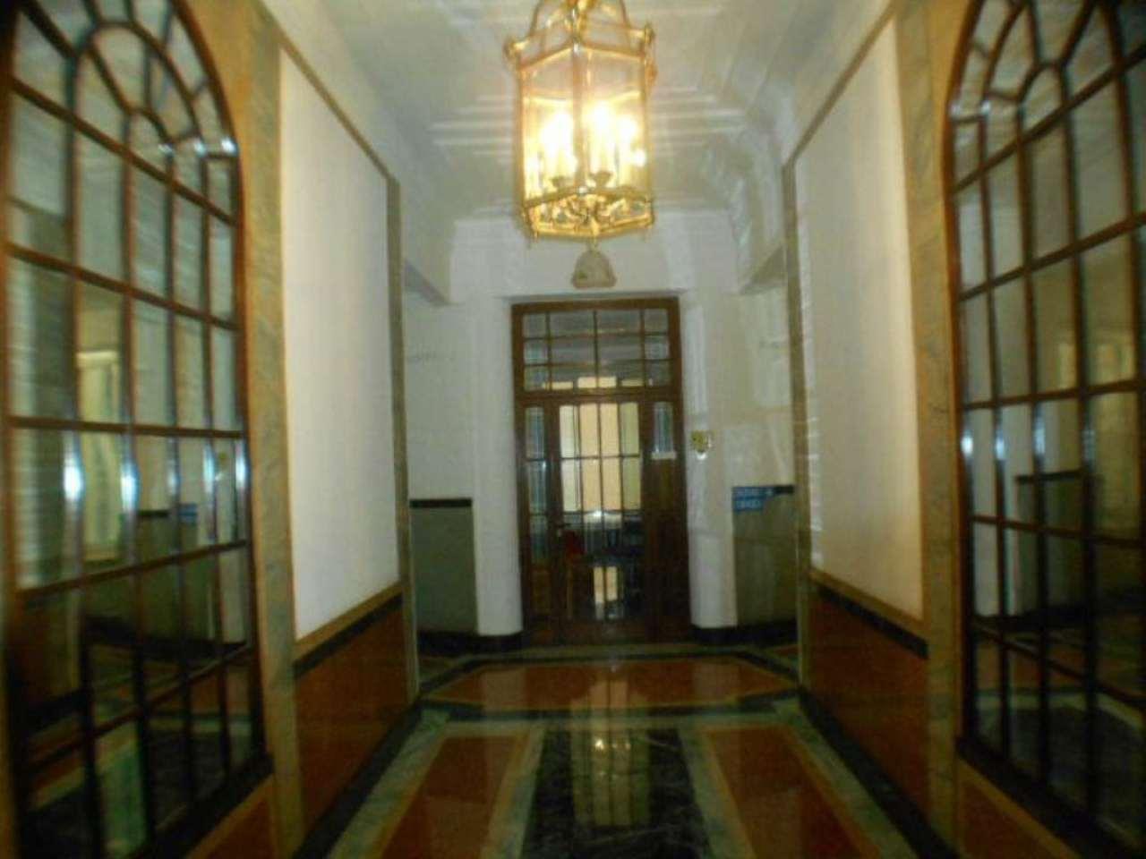 Appartamento in affitto a Genova, 7 locali, prezzo € 850 | Cambio Casa.it