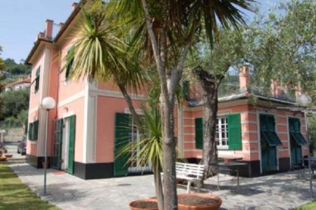 Villa in vendita a Rapallo, 6 locali, prezzo € 998.000 | Cambio Casa.it