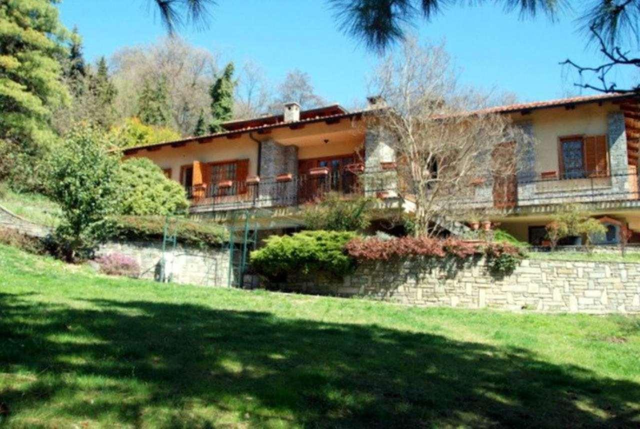 Villa Bifamiliare in vendita a Moncalieri, 14 locali, prezzo € 960.000 | Cambio Casa.it
