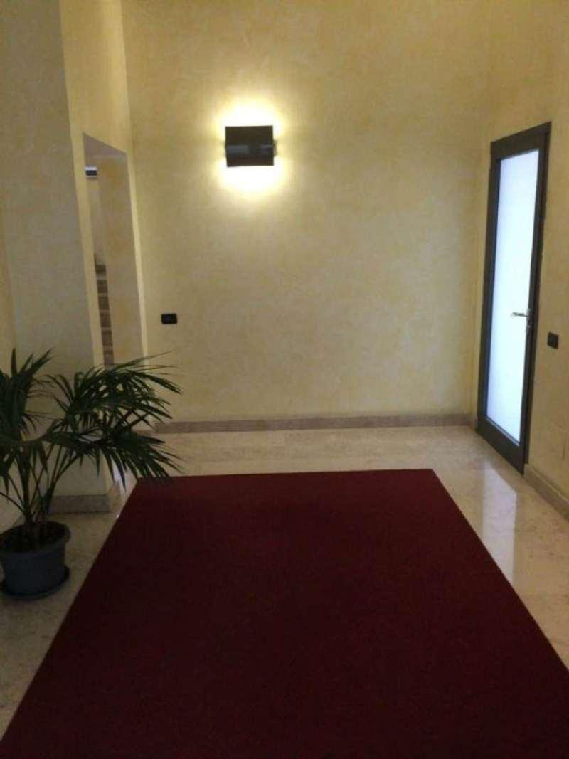 Bilocale Milano Via Lodovico Il Moro 6