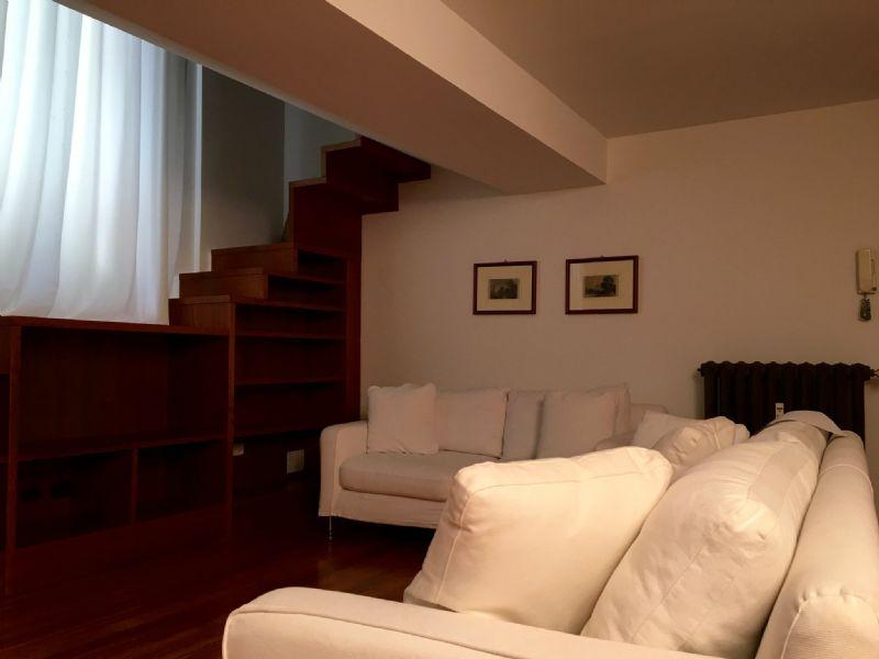 Bilocale Milano Via Ariosto 12