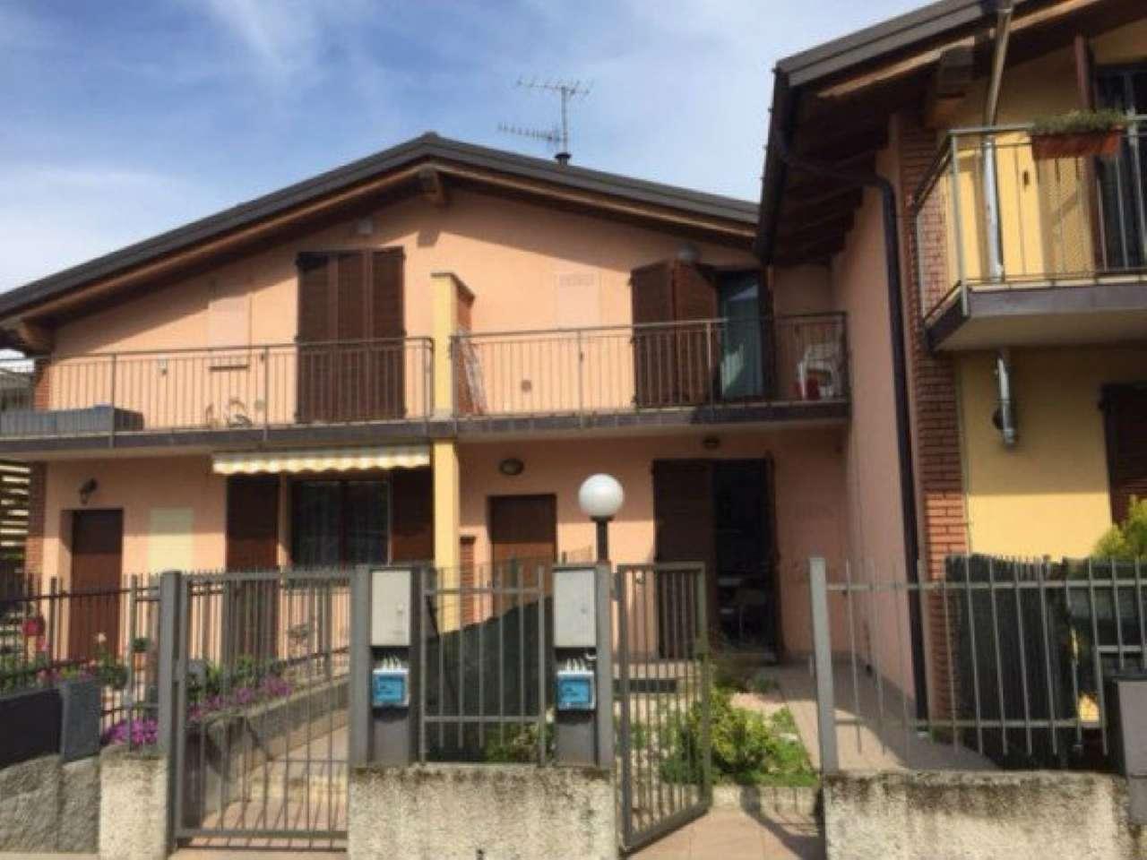 Appartamento in vendita a Buguggiate, 2 locali, prezzo € 105.000 | Cambio Casa.it