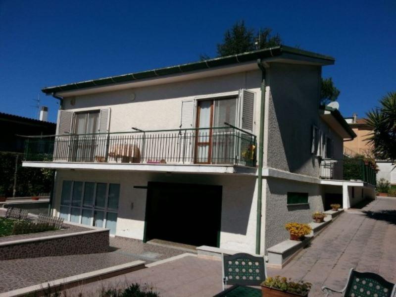 Villa in vendita a Norma, 6 locali, prezzo € 270.000 | Cambio Casa.it