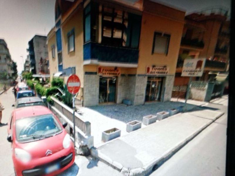 Negozio / Locale in vendita a Nettuno, 2 locali, prezzo € 150.000 | Cambio Casa.it