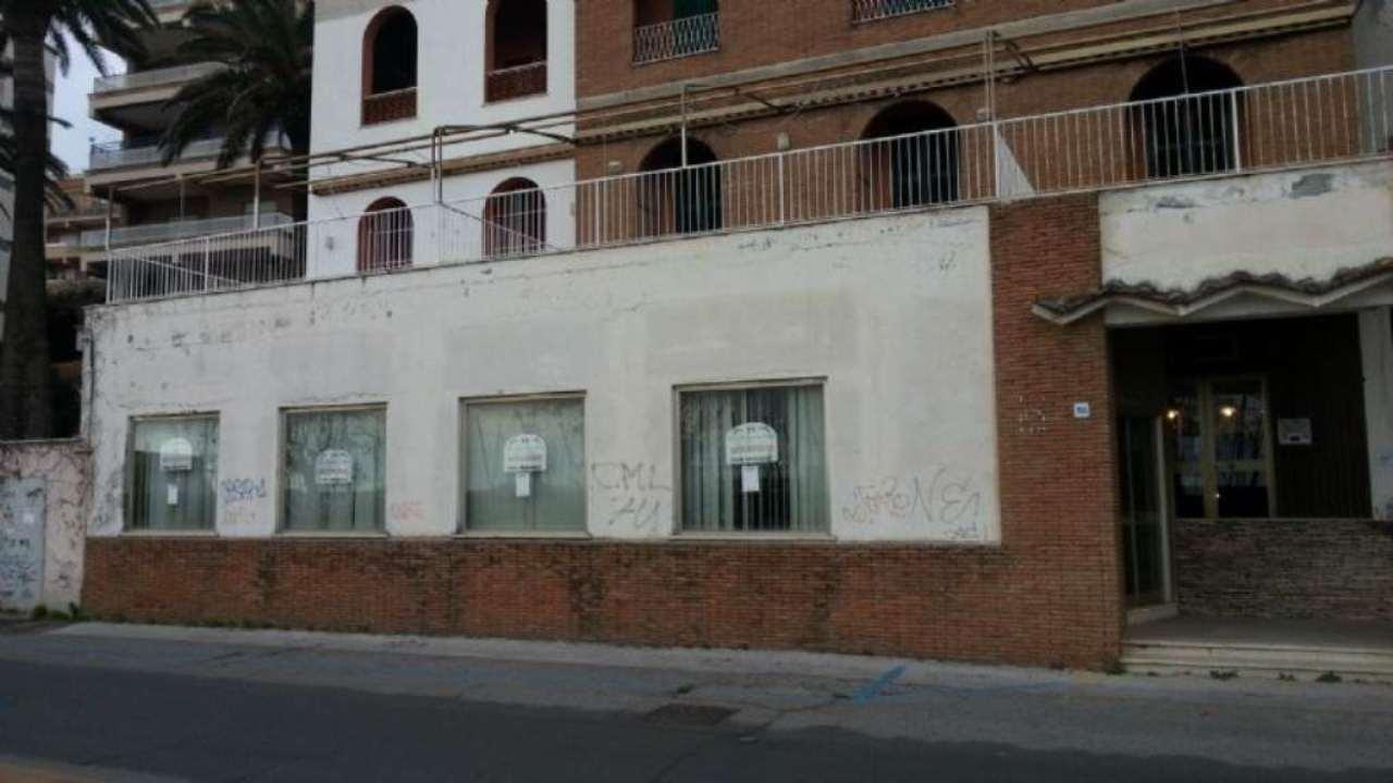 Negozio / Locale in vendita a Anzio, 4 locali, prezzo € 300.000 | Cambio Casa.it
