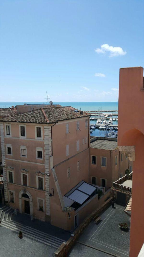 Attico / Mansarda in vendita a Nettuno, 3 locali, Trattative riservate | Cambio Casa.it