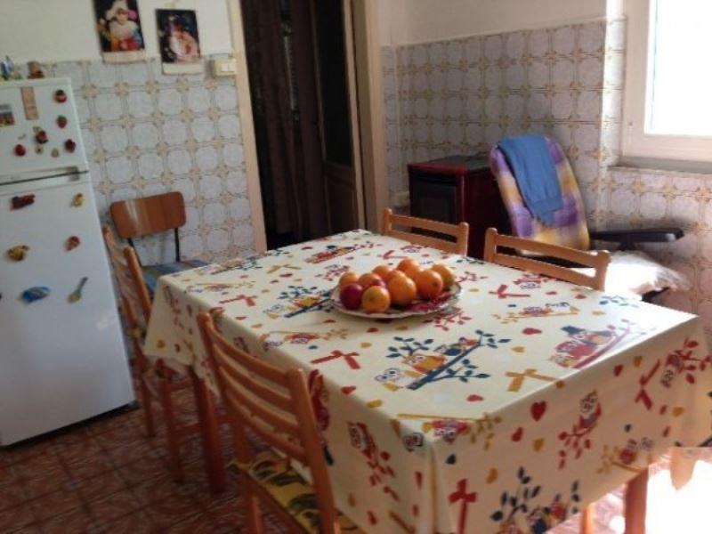 Bilocale Vezzano Ligure  9