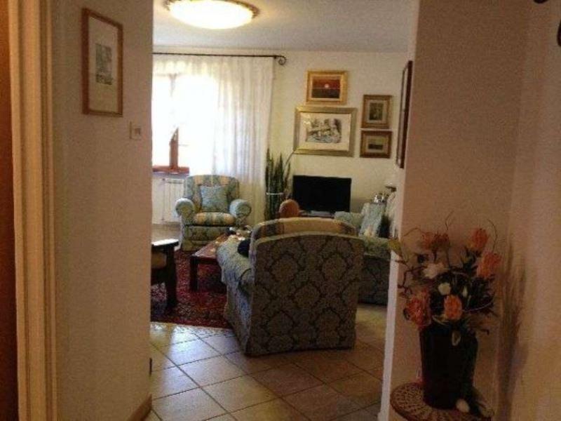 Soluzione Indipendente in vendita a Ortonovo, 4 locali, prezzo € 380.000 | Cambio Casa.it