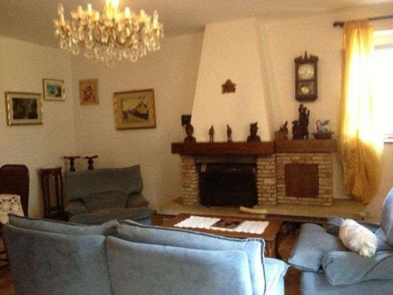 Soluzione Indipendente in vendita a Arcola, 6 locali, prezzo € 178.000 | Cambio Casa.it