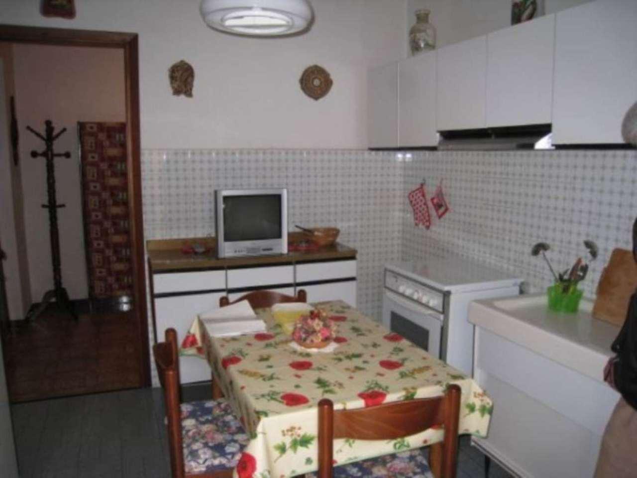 Foto 3 di Trilocale frazione Romito Magra, Arcola