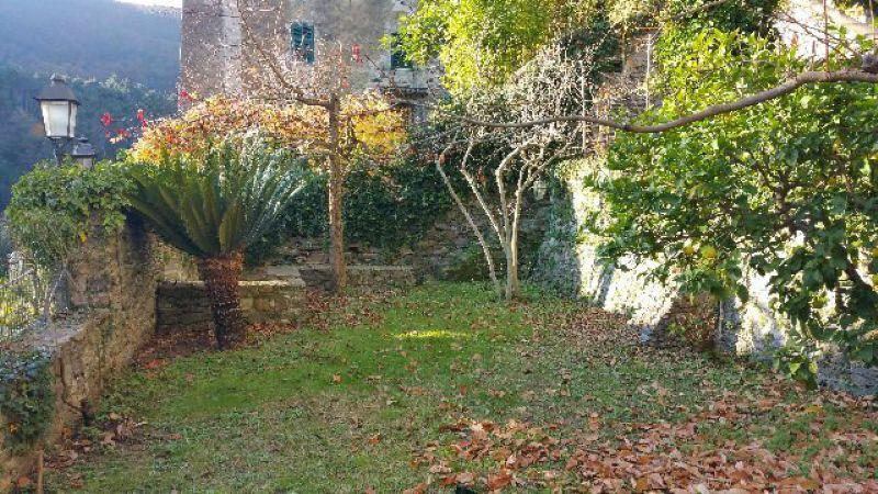 Soluzione Indipendente in vendita a Ameglia, 4 locali, prezzo € 350.000 | Cambio Casa.it