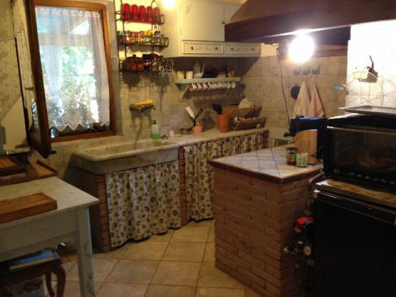 Soluzione Indipendente in vendita a Lerici, 4 locali, prezzo € 350.000 | Cambio Casa.it
