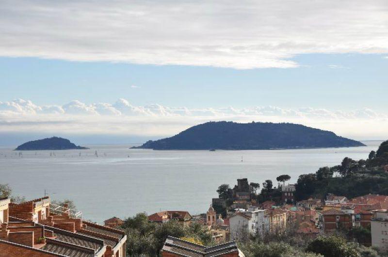 Appartamento in vendita a Lerici, 4 locali, prezzo € 480.000 | CambioCasa.it