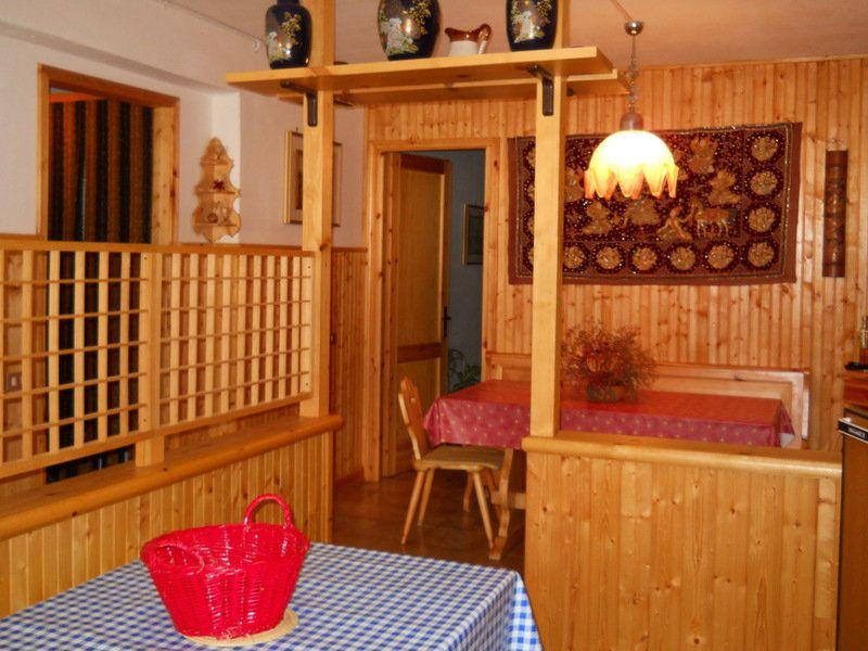 Appartamento in vendita a Monchio delle Corti, 3 locali, prezzo € 80.000 | CambioCasa.it