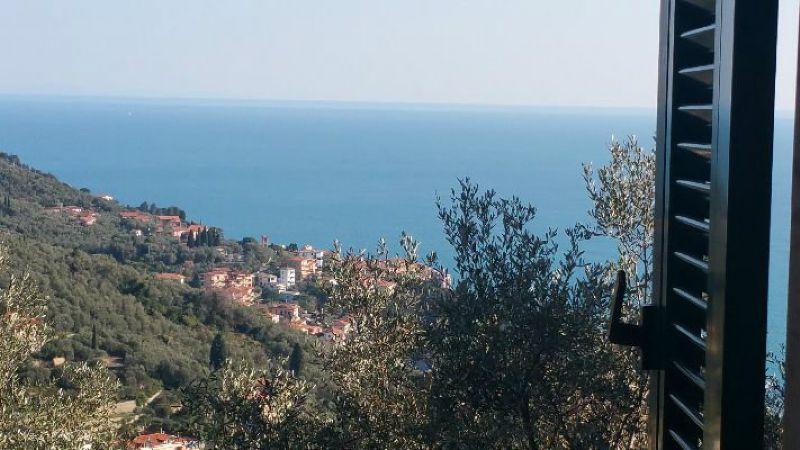 Appartamento in vendita a Lerici, 3 locali, prezzo € 170.000 | CambioCasa.it