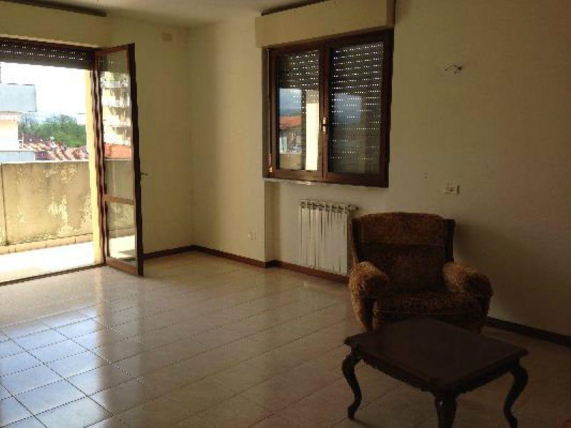 Appartamento in vendita a Arcola, 5 locali, prezzo € 195.000 | Cambio Casa.it