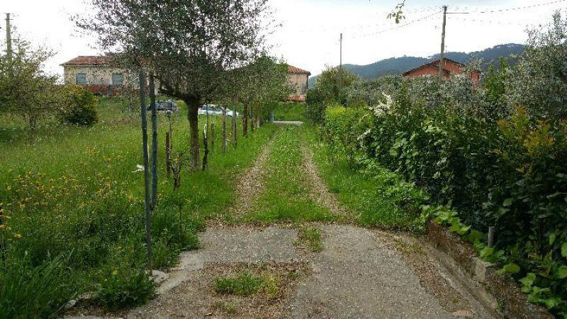 Soluzione Indipendente in vendita a Ameglia, 5 locali, prezzo € 275.000 | Cambio Casa.it