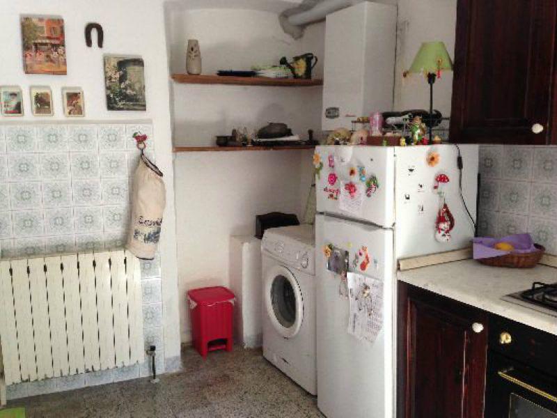 Palazzo / Stabile in vendita a Arcola, 5 locali, prezzo € 140.000 | Cambio Casa.it