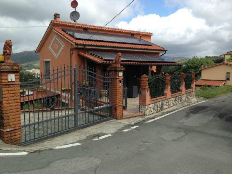 Soluzione Indipendente in vendita a Arcola, 11 locali, Trattative riservate | Cambio Casa.it