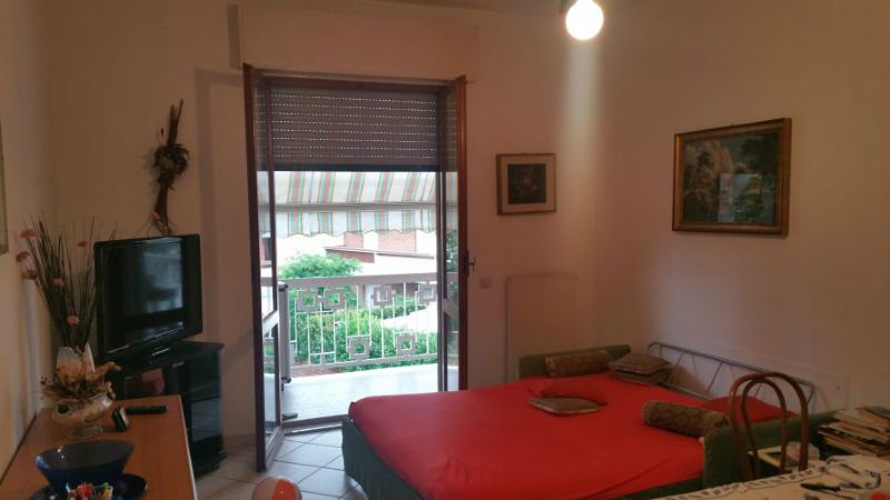 Appartamento in vendita a Ortonovo, 4 locali, prezzo € 160.000 | CambioCasa.it