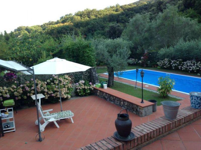 Soluzione Semindipendente in vendita a Ameglia, 5 locali, prezzo € 450.000 | Cambio Casa.it
