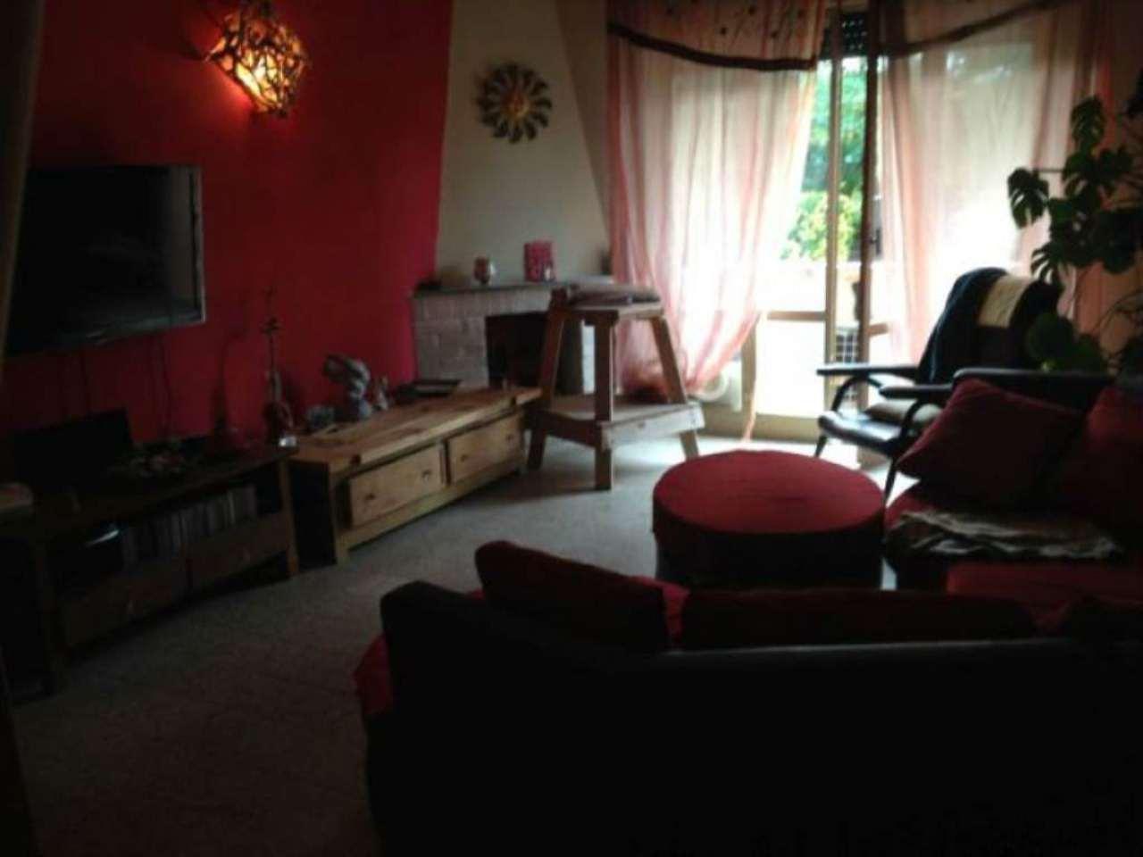 Appartamento in vendita a Sarzana, 5 locali, prezzo € 155.000 | Cambio Casa.it