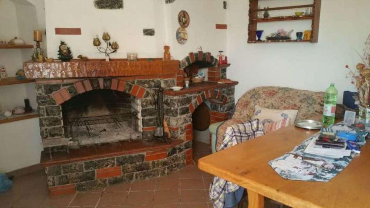 Soluzione Indipendente in vendita a Arcola, 4 locali, prezzo € 380.000 | Cambio Casa.it